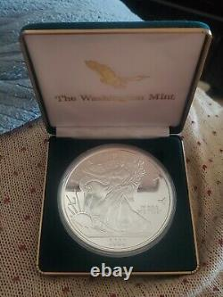 Washington Mint 2000 Half Pound Silver Eagle 6.6 Troy Pure Silver. 999 W Dossier